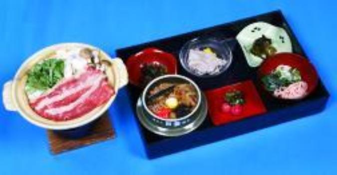 すき焼き陶板+蔵王のお釜膳/2,160円
